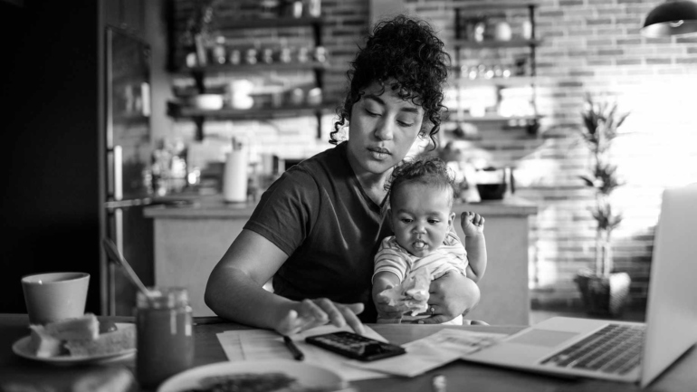 Single mothers free help