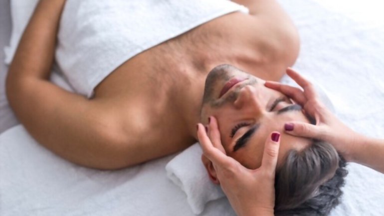 Massage Center in Marina