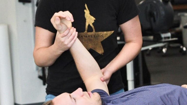 physical-therapy-Overland-Park-KS-_-physicaltherapytara